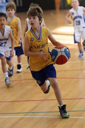 Ivanhoe Knights basketball player in action